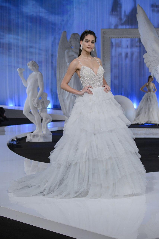 L0p0y XJGwc - Коллекция свадебных платьев Nicole