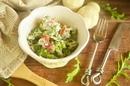 Салат с брокколи и беконом со сладкой заправкой