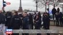 Около 100 машин скорой помощи заблокировали площадь Согласия в Париже