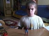 Милая девочка))) Сильнее человека Паука, кто? =)))))