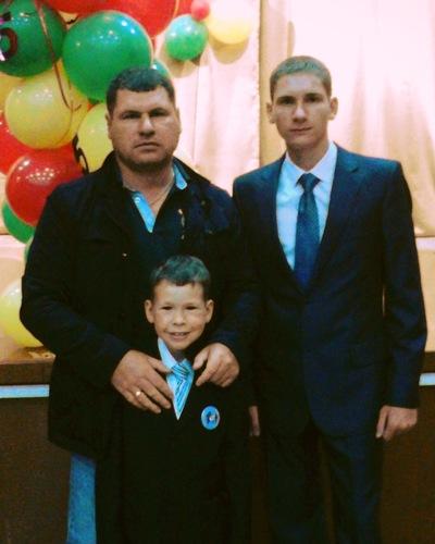 Миша Шкварин, 20 апреля , Тулун, id113270565
