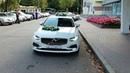Белый Volvo S90 в свадебном украшении 77 @auto-na-prokat