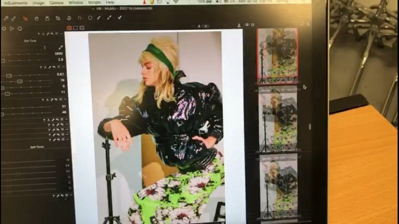 Кристина на съемках для Harpers Bazar