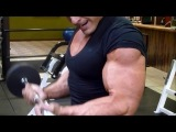 Insane Pumping Bicep Routine- Wbff Muscle Model World Champion and Hitch Fit Trainer Micah LaCerte