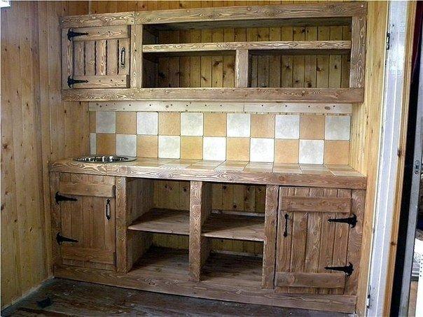 Шкаф для дачи из дерева