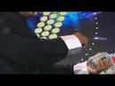 Stunt: Powerful finger   CCTV English
