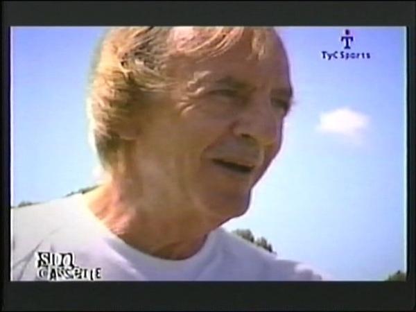 César Luis Menotti en Sin Cassette -Entrevista 2004.