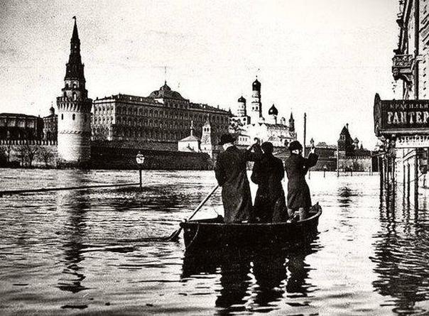 Фото самого большого наводнения за всю историю Москвы, 1908 год.