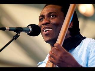 Richard Bona Amazing Bass SOLO!!!