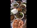 Новогодний стол (по лунному календарю) накрыли в китайской семье