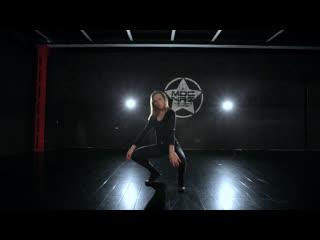 Dance choreography Pampura Anzhela// Francis Novotny- Broken Arron