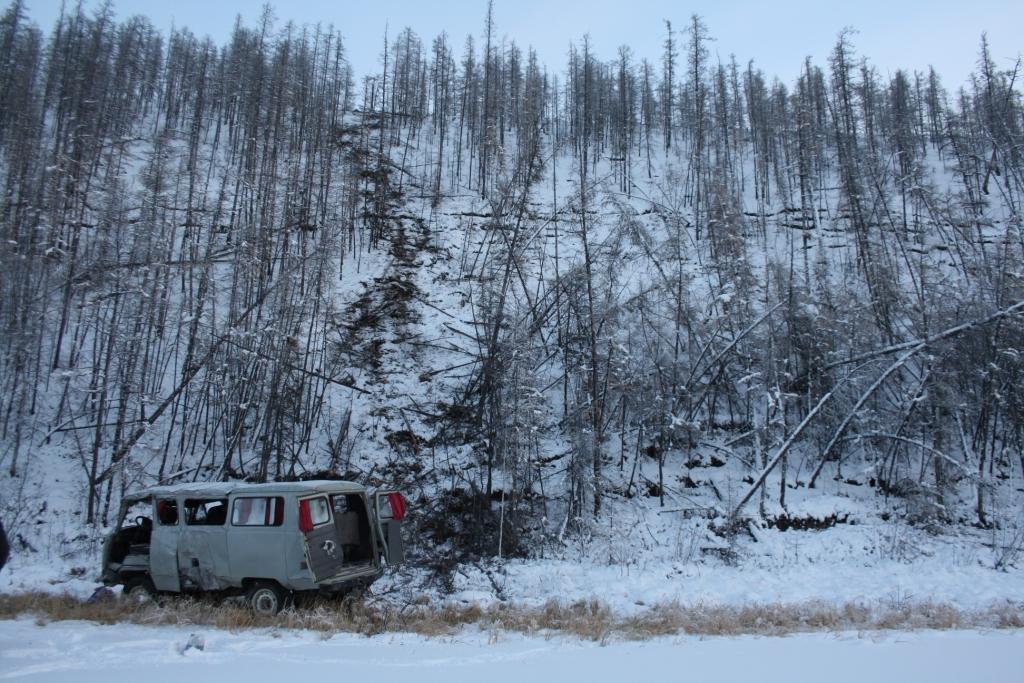 Водитель УАЗика погиб на автодороге Батагай-Верхоянск