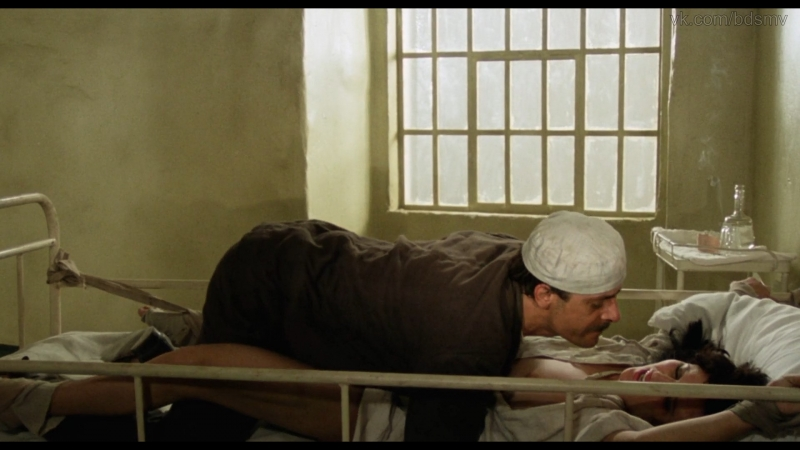 сексуальное насилие бдсм bdsm бондаж изнасилования rape из фильма Паскуалино Семь Красоток Pasqualino Settebellezze 1975 г