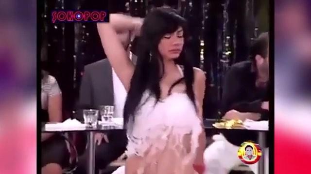 """Gizli Kalmasın Mag on Instagram """"Demet Özdemirin Ankara havası dansı olay oldu! Son dönemlerin en gözde oyuncularından biri olan ve şu sıralar Se..."""