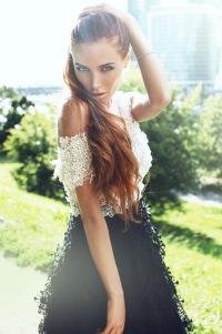 elena-nikolaeva-aktrisa-golaya