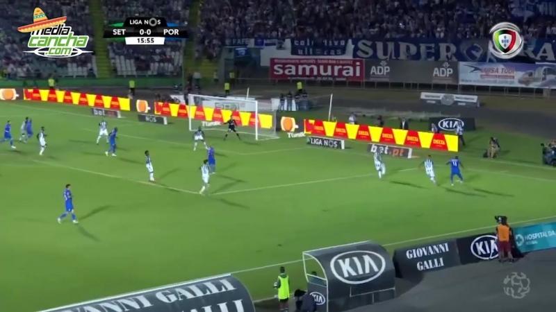Con mexicanos, el Porto ganó
