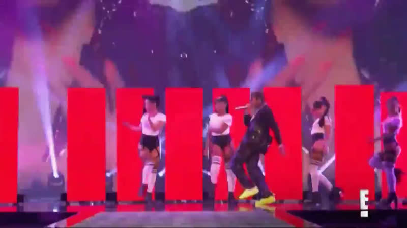 Nicki Minaj Tyga Good Form Dip Live At PCAs