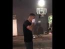 Шок! Hейт Диаз курит косяк во время тренировки