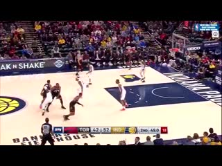 Ibaka just posterized his own teammate .mp4