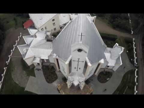 Kościół pw. Matki Bożej Częstochowskiej w Żabiej Woli - z lotu ptaka