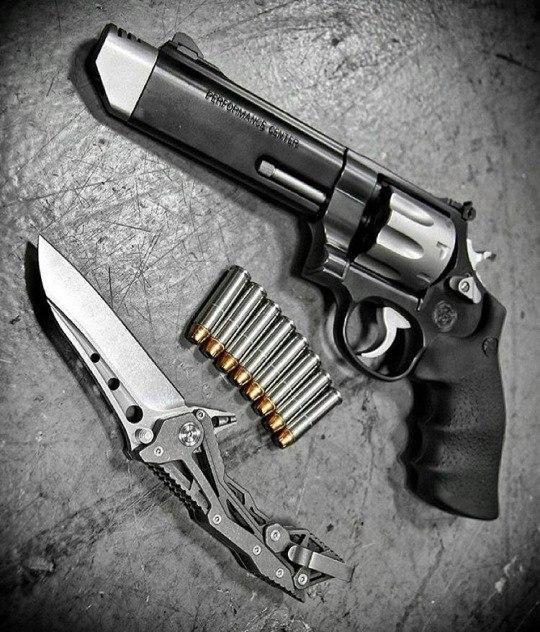 Model 627 V-Comp 8-зарядный револьвер