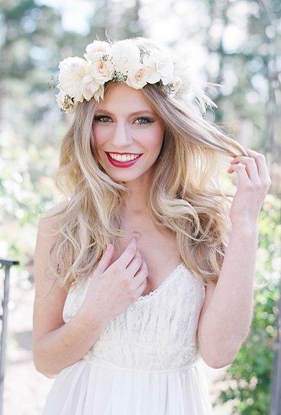 Anna Luv Store живые цветы в свадебной причёске