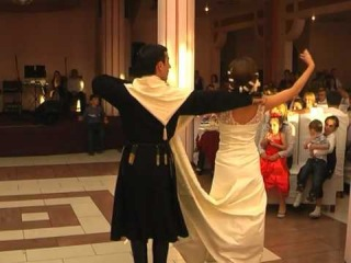 Georgian dance - Daisi - kartuli (Nana's Wedding Party)