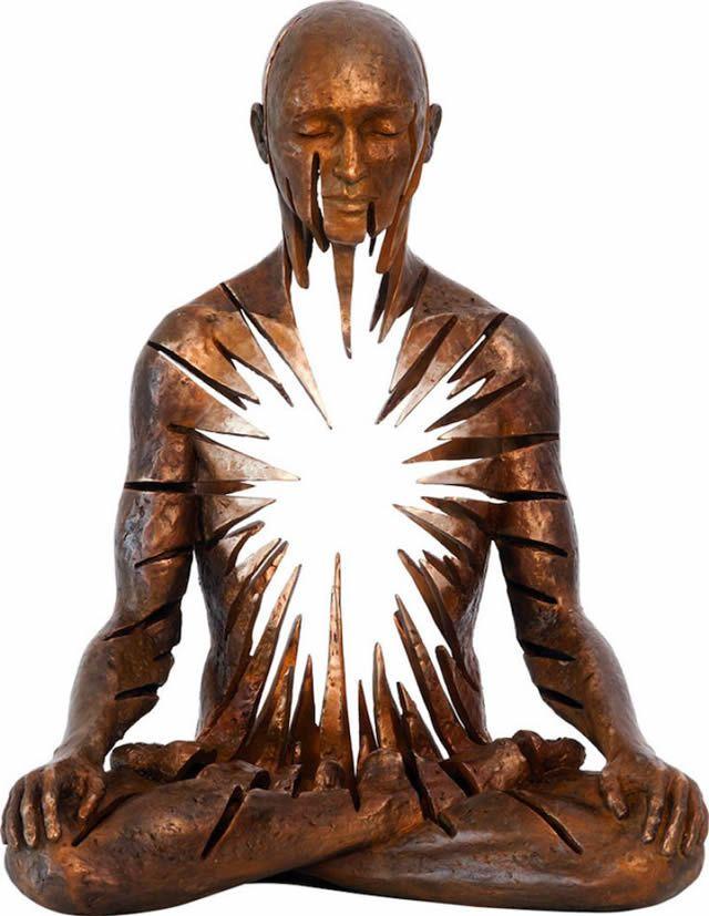 Скульптор Sukhi Barber MxcCDYO-rUY