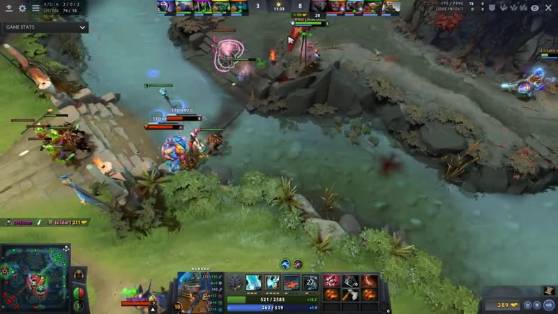 Attacker Kunkka Lord is Back Fighting and Baiting to Kill on other Side Nex