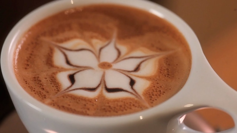 How to Etch a Flower Latte Art