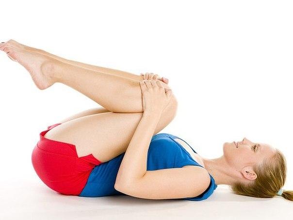 За 60 секунд вы забудете о боле в спине. Благодаря этому упражнению!