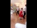 Мои красавицы танцуют с папами.