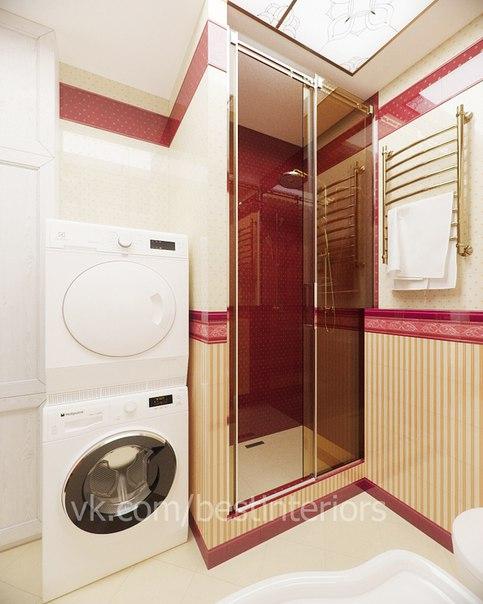Ванная комната в классическом стиле с яркими цветовыми акцентами в оформлении. Включает в себя пости...