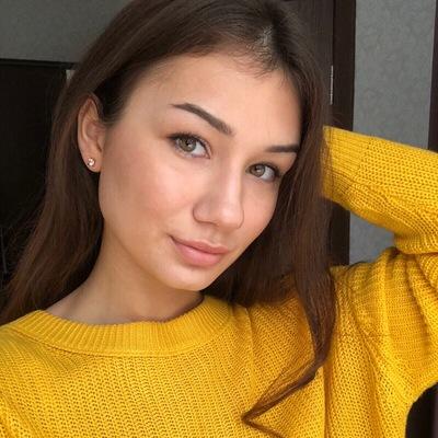 Полина Карпова