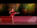 Летающая балерина - театр танца Щелкунчик.Столько шпагатов-исключение из правил.