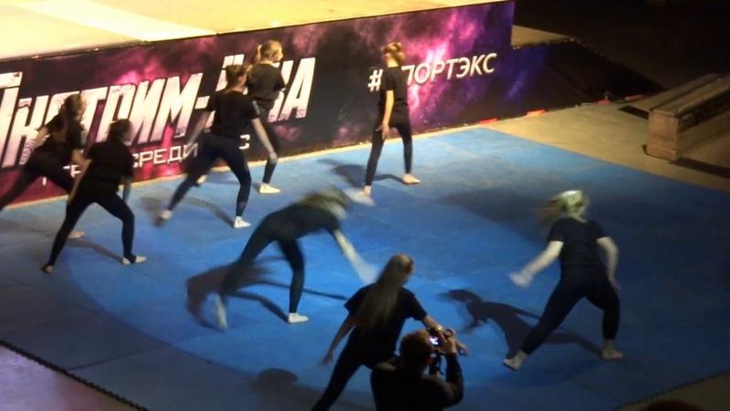 Экстрим Ёлка - Спортэкс 2018 | выступление трейсеров, трикеров и акробатов