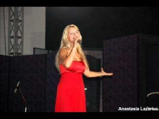 Anastasia Lazariuc -  Flori de tei