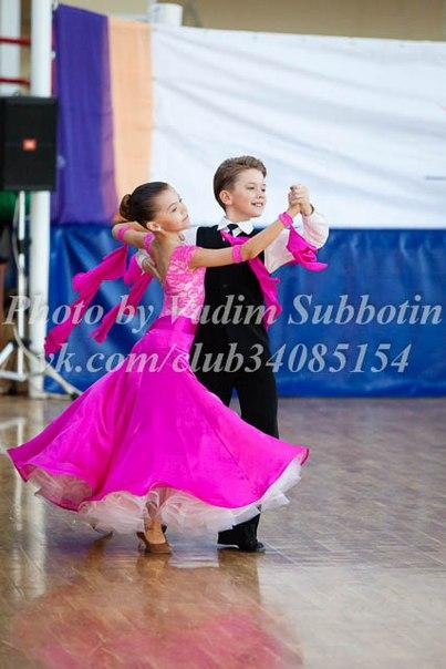 Платье для спортивных танцев для девочек 7 лет