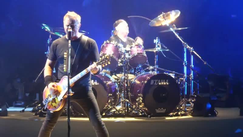 "_""Wherever I May Roam_"" Metallica@PPG Paints Arena Pittsburgh 10_⁄18_⁄18"