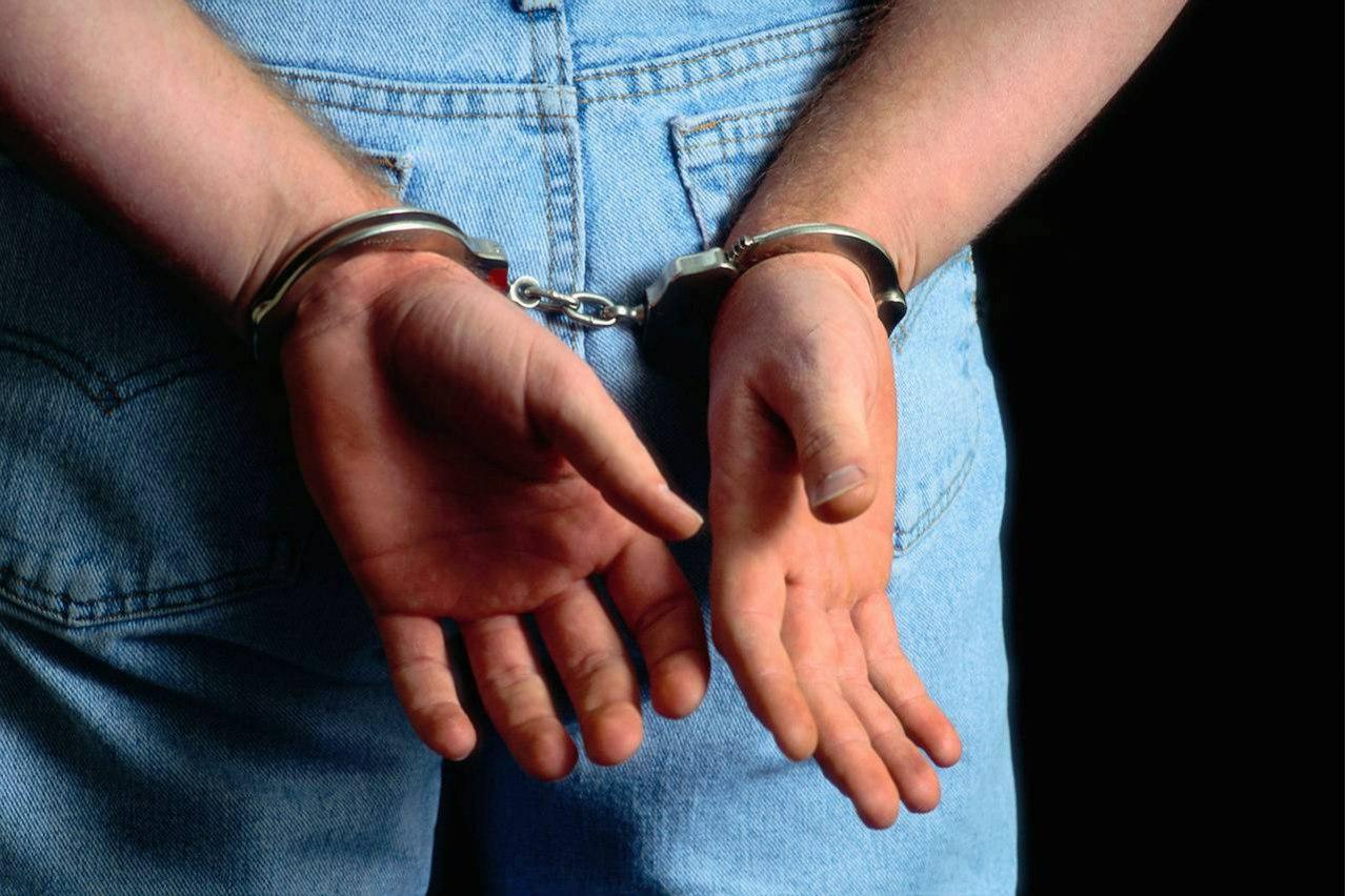 Под Таганрогом задержаны четверо мужчин, ограбивших продуктовый магазин