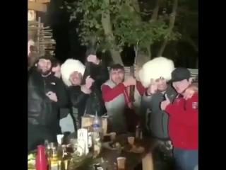 Как празднуют победу Хабиба в Дагестане