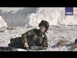 'Макияж под камуфляж'- в армии подготовились к 8 Марта