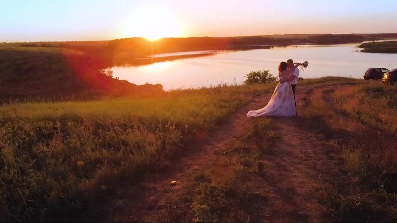 Поздравляю от всей души Владимира и Александру! Будьте счастливы вместе! И пусть солнце всегда освещает ваш путь!