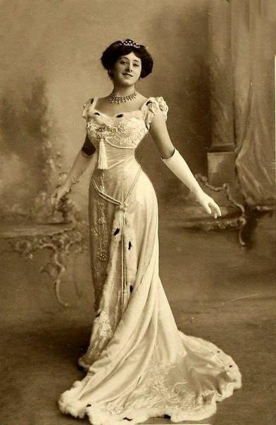 Английская певица и актриса Эдвардианской эпохи Лили Элси.