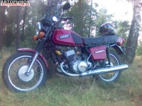 Вишнёвый Мотоцикл Классик ИЖ Юпитер 5, объемом двигателя 0.35 л и.