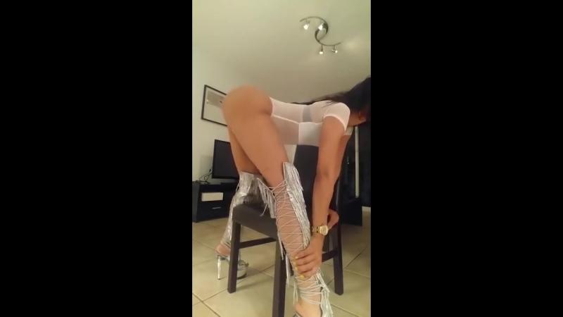 NECRO - PUY IS MY WEAKNESS - Sexy Girl Twerking Booty Shaking Hot Model Big Butt Latina Dancer