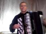 Импровизирует Владимир Тарабычин на тему Р.Гальяно ЛАУРИТА Вар.2