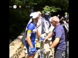 Падение Филлипа Жильбера cyclingtour.mp4