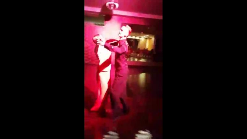Школа танцев Романа Ковгана Яна Сухарская и Сергей Мазяев