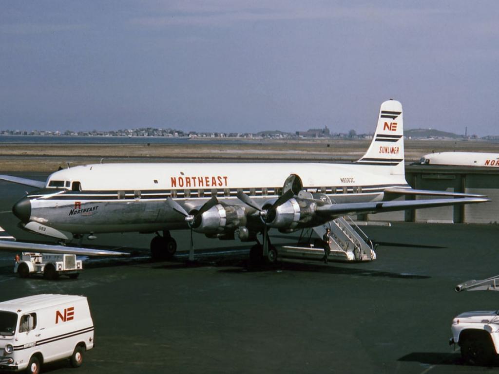 В 1957 пассажирский самолёт разбился на острове-тюрьме...